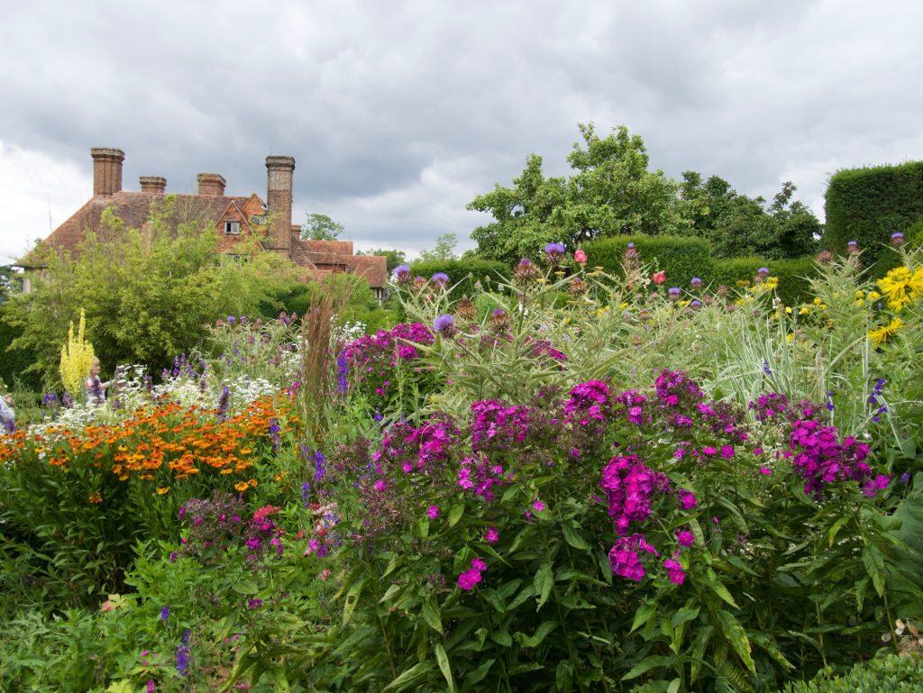 Great Dixter garden & house